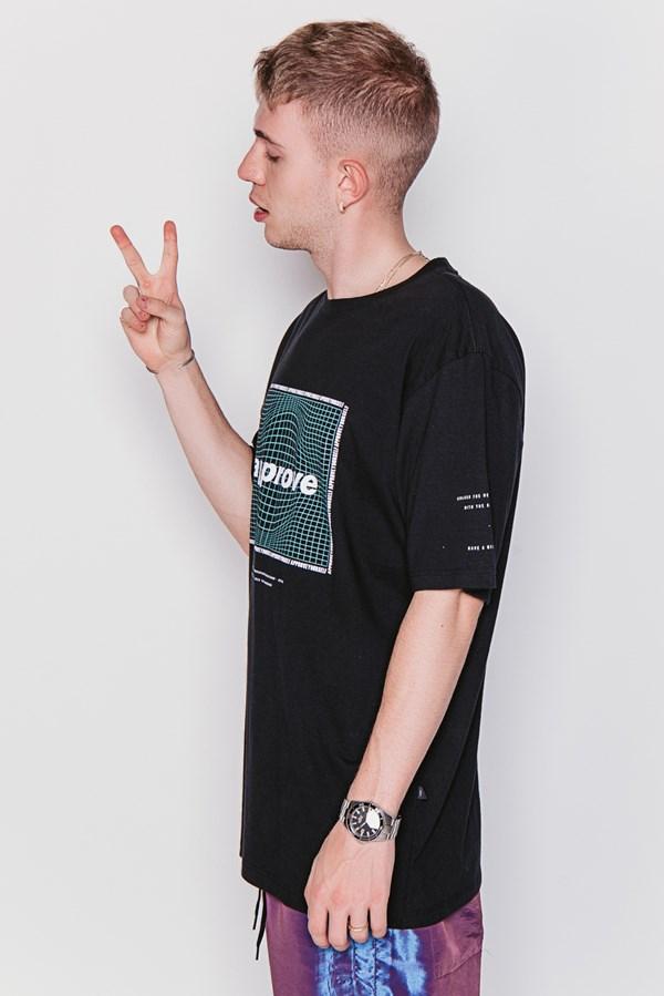 Camiseta Approve Interplanetar Preta