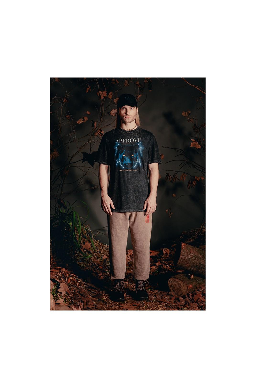 Camiseta Bold Approve Animals Panther Preto Marmorizado