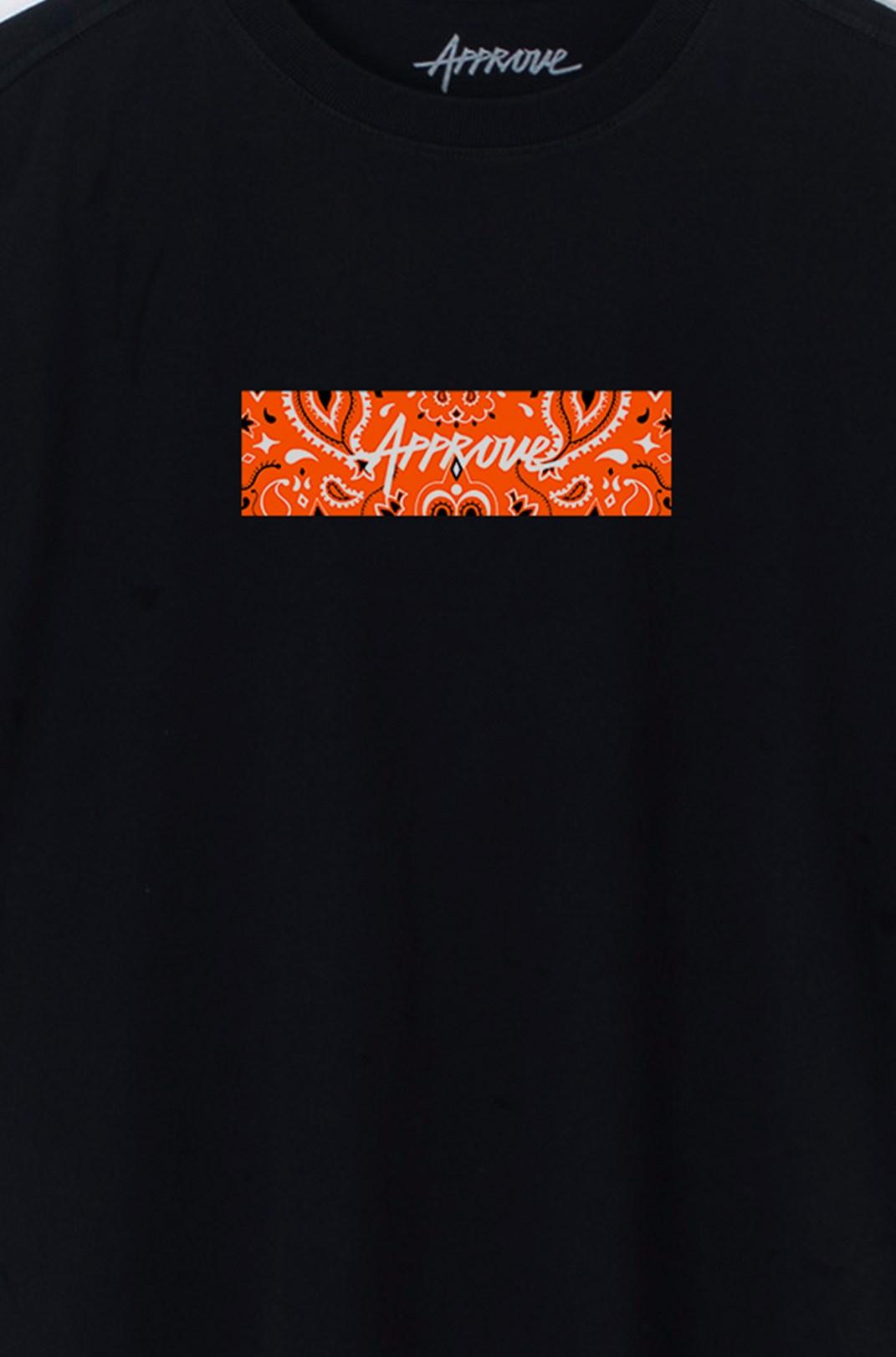 Camiseta Bold Approve Cashmere Preta E Laranja