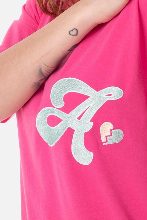 Camiseta Regular Approve Broken Heart Rosa