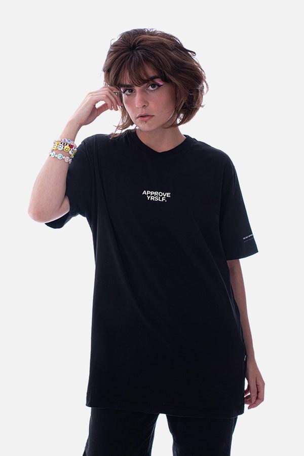 Camiseta Regular Approve Yrslf Information Preta