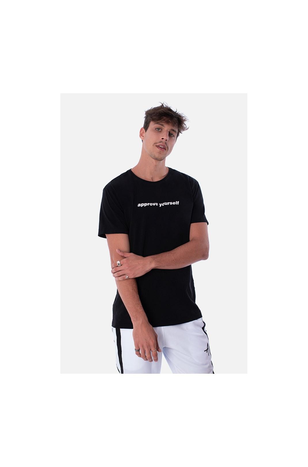 Camiseta Slim Approve Yourself Preta
