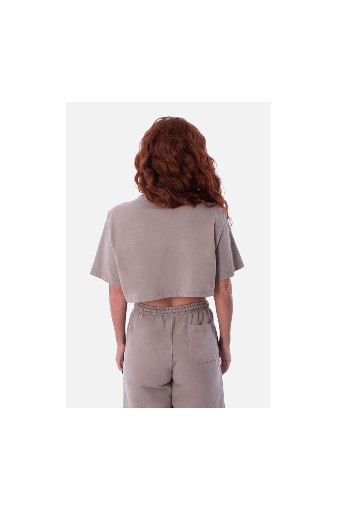 Cropped Bold Approve Monochromatic Bege