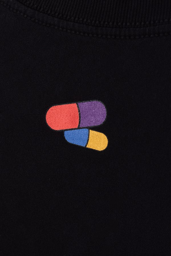Cropped Regular Approve Pixels&Pills Preto