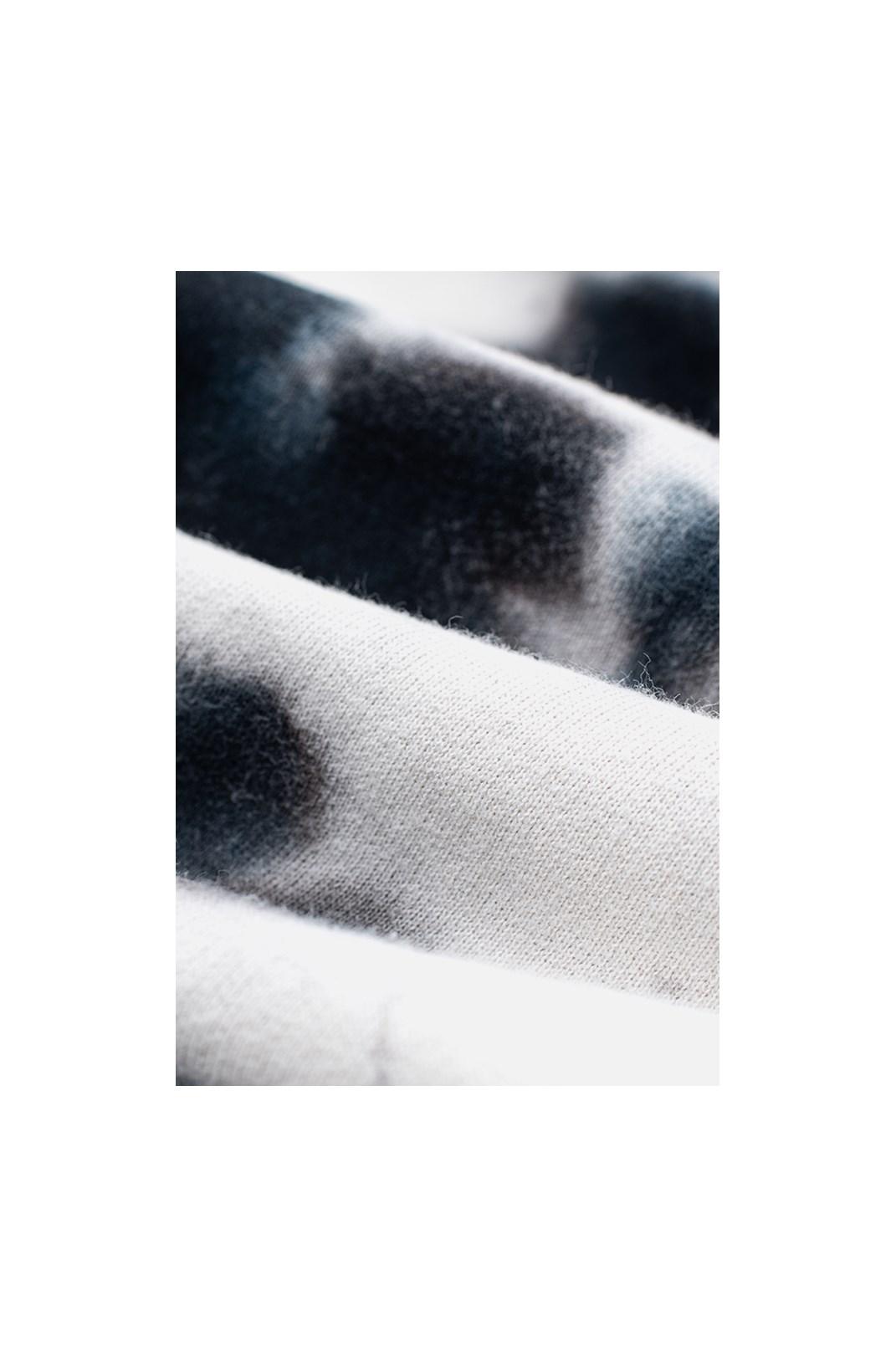 Moletom Canguru Approve Animals Dobermann Tie Dye Branco e Preto