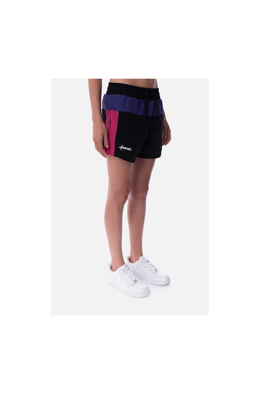 Shorts Approve Retropia Preto e Rosa