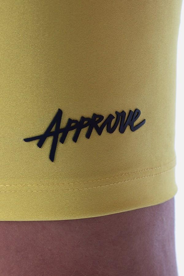 Shorts Biker Approve Cartoon Amarelo Neon
